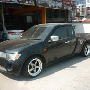 COSMIS XT Series Model XT005R in MITSUBISHI Strada